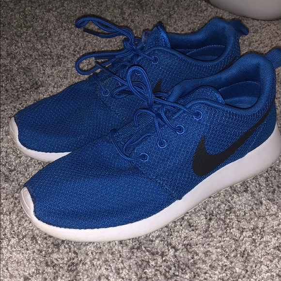 Nike Shoes | Offer Royal Blue Roshes